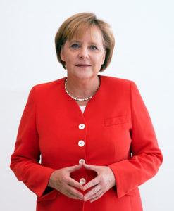 Angela_Merkel_Juli_2010_-_3zu4-247x300