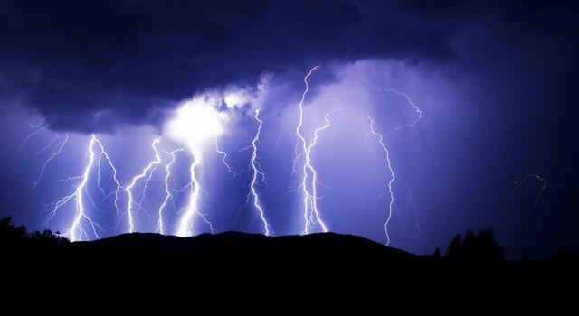 640_x_350_resized-stormy-weather1
